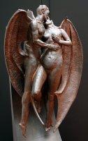 """Статуя дьявола в """"музее дьявола"""" в Каунасе, Литва."""