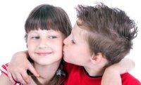 Как целоваться в 10 лет?