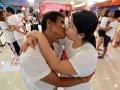 Самый долгий поцелуй Таиланд фото.