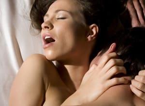 Как доставить женщине оргазм?