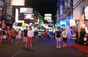 Женский секс-туризм в Таиланд.