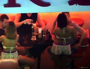 Го Го бары в Паттайе.