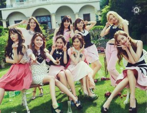 Группа Girls Generation.